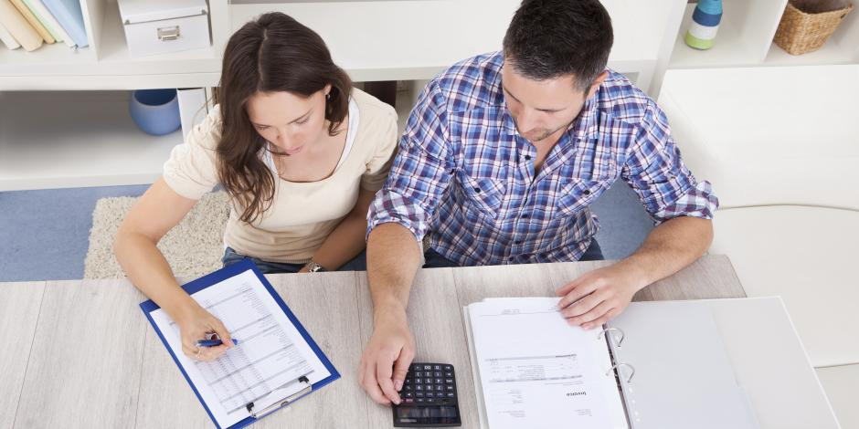couple home budget